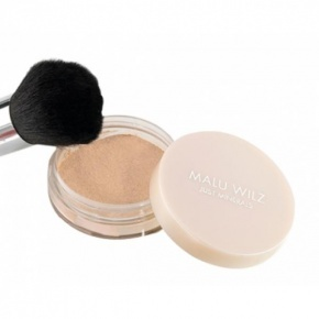 Malu Wilz Mineral Powder Foundation /01